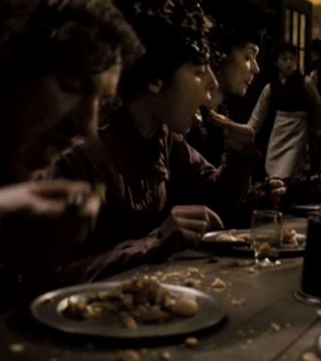 Sweeney Todd 2007 eating pies