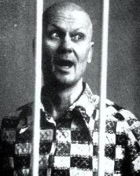 Andrei_Romanovich_Chikatilo_Trial_1992.jpg